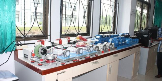 Electronic Machine Training Moduls