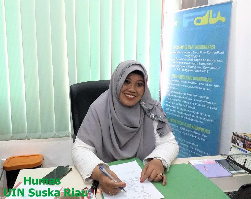 Dra. Atjih Sukaesih,M. Si Ketua Jurusan Ilmu Komunikasi