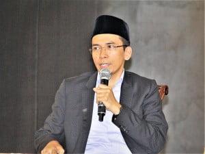 Dr. TGH. M. Zainul Majdi, Lc, MA atau yang lebih dikenal dengan gelar Tuan Guru Bajang (TGB)