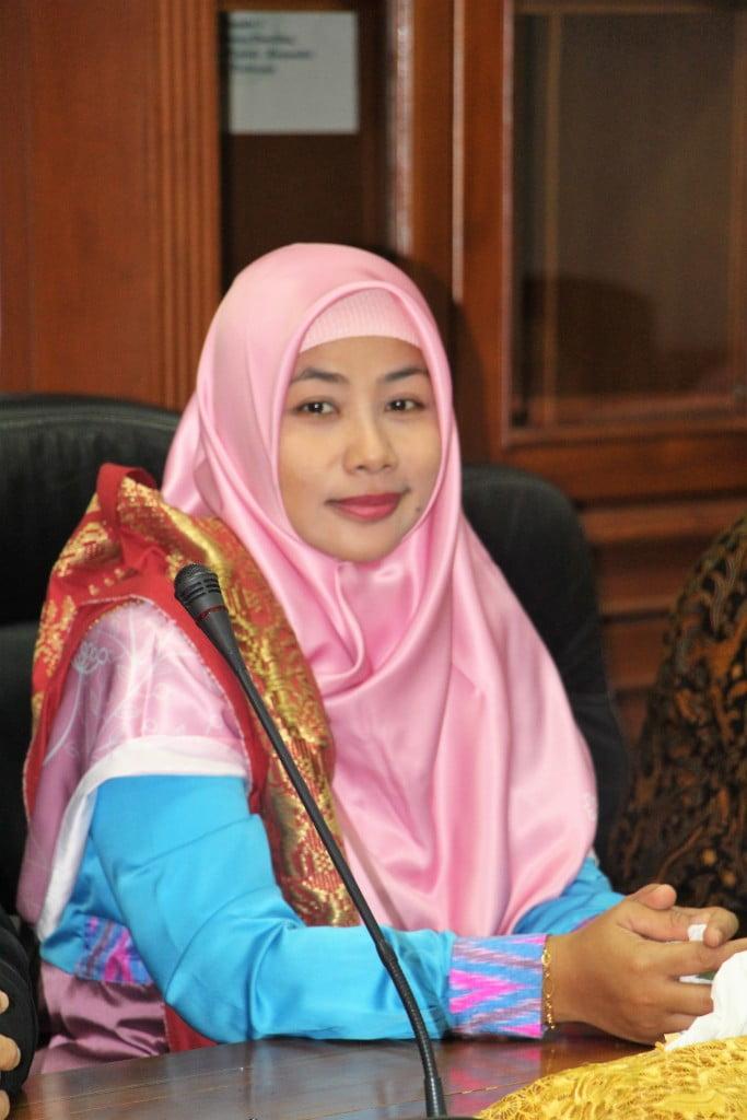 Dr. Nurna Aziza, M.Si, Ak (Asesor BAN-PTdari Uiversitas Bengkulu)