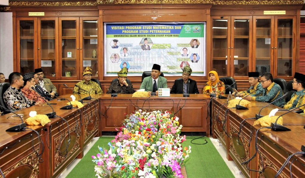 Suaana Penyambutan di Ruang Rapat Pimpinan Gedung Rektorat Lt Iv UIN Suska Riau