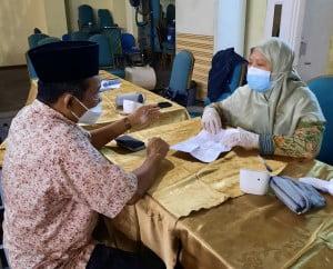 Dr. Ahmad Supardi, MA ( Kepala Biro AUPK UIN Suska Riau)