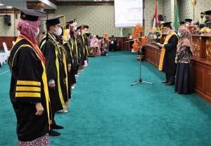 Pelantikan Sarjana oleh Rektor UIN Suska Riau