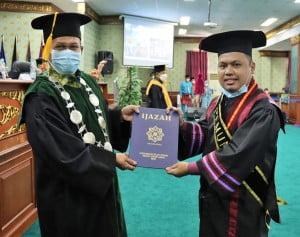 Pemuncak Fakultas Psikologi Program Pascasarjana