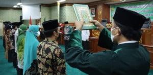 Pengambilan Sumpah oleh Rohaniawan Hairunnas, S.Ag