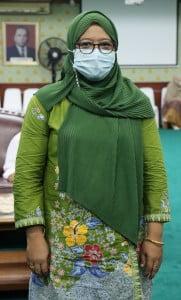 Dr. Amirah Diniaty, M. Pd. kons Wakil Dekan Bidang Kemahasiswaan dan Kerjasama Fakultas Tarbiyah dan Keguruan