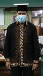 DR.H. M. Ridwan Hasbi, Lc, MA (Wakil Dekan Bidang Kemahasiswaan dan Kerjasama ) Fakultas Ushuluddin